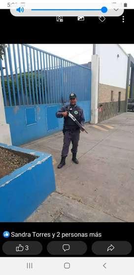 Vusco trabojo como guardia custodia