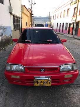 Mazda coupe 323 modelo 2001