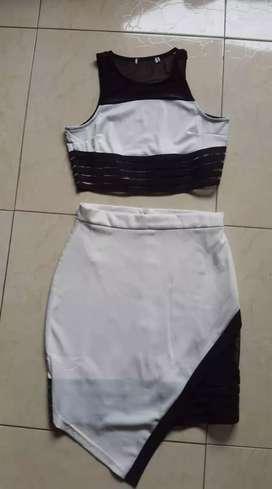 Conjunto falda con blusa talla M