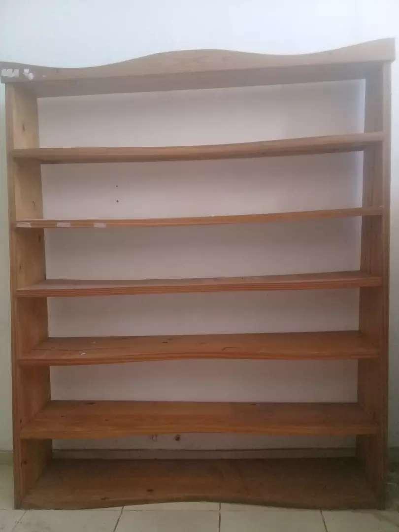 Mueble de pino estantes 0