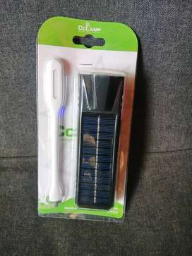 Linterna con panel solar y lampara