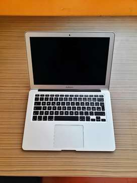 "Macbook Air 2017 de 13"" Core i5 8GB de ram versión de 500Gb SSD 10/10 Físico y Funcional"