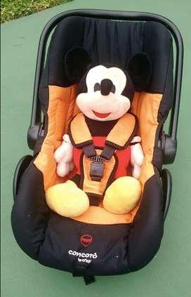Huevito Concord Baby Naranja y negro