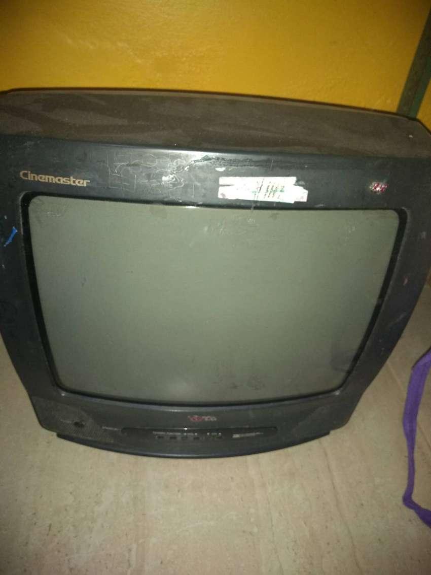 Televisor 14'' 0