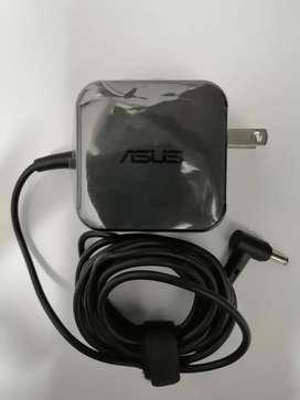 Cargador portátil Asus Modelo W16-045N3A. Producto nuevo y original