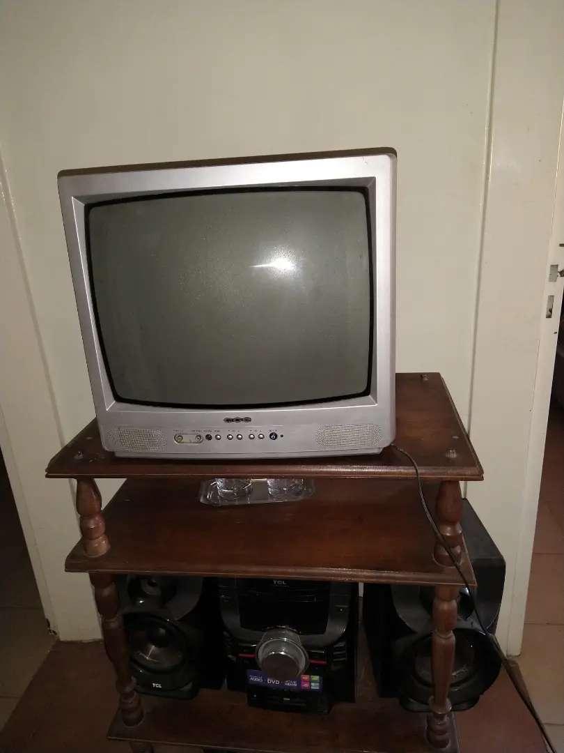 Televisor usado Cce 0