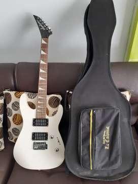 Guitarra eléctrica Jackson nhj