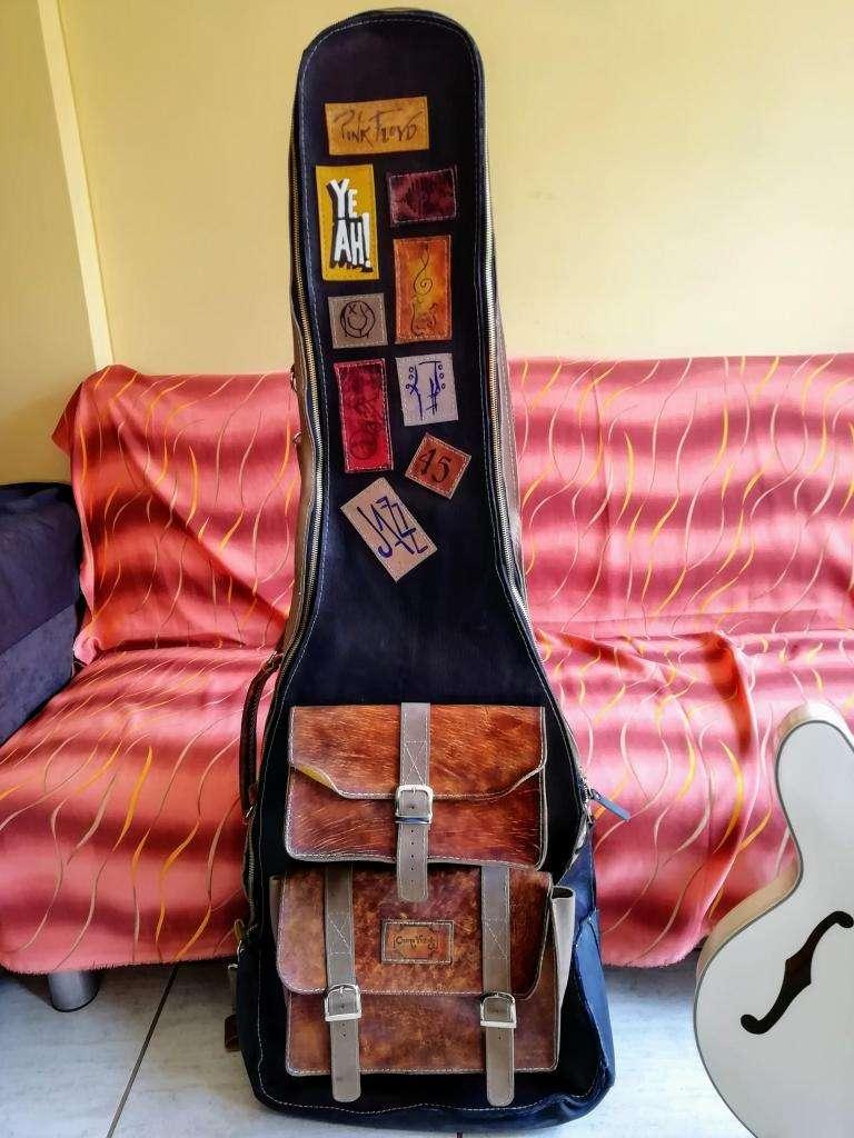 Estuche Case Gig Bag para Bajo de Cuero Genuino Vintage