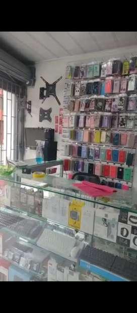 Se vende o se cambia montage para local de celulares