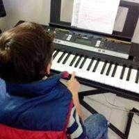 Clases de CANTO,GUITARRA,VIOLIN,PIANO