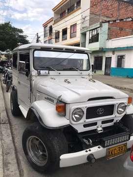 Toyota fj blanco