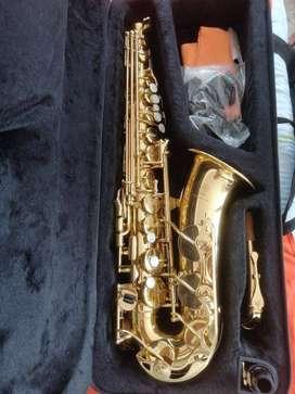 Saxofón alto Yas 280