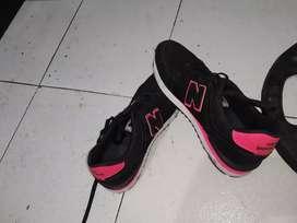 """Zapatos para mujer """"new balance"""" talla 40"""