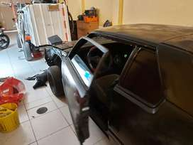 Vendo automóvil de colección Nissan Datsun 1982 por construir