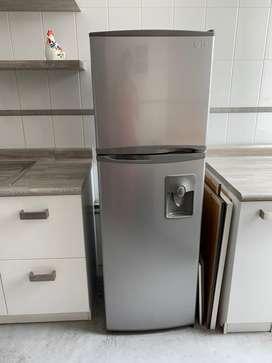 Remato Refrigeradora LG 320L