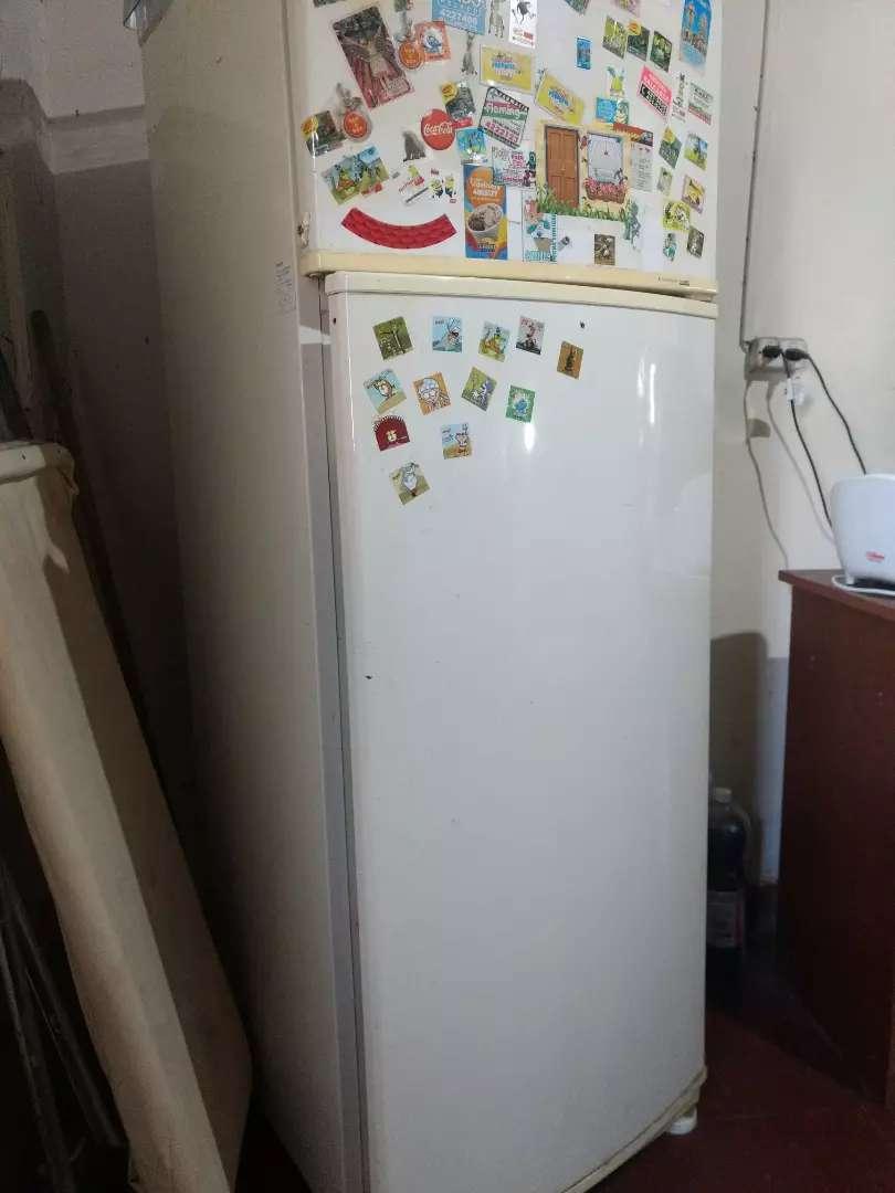 Vendo heladera 360 L 0