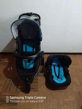 Coche para bebé con portabebé