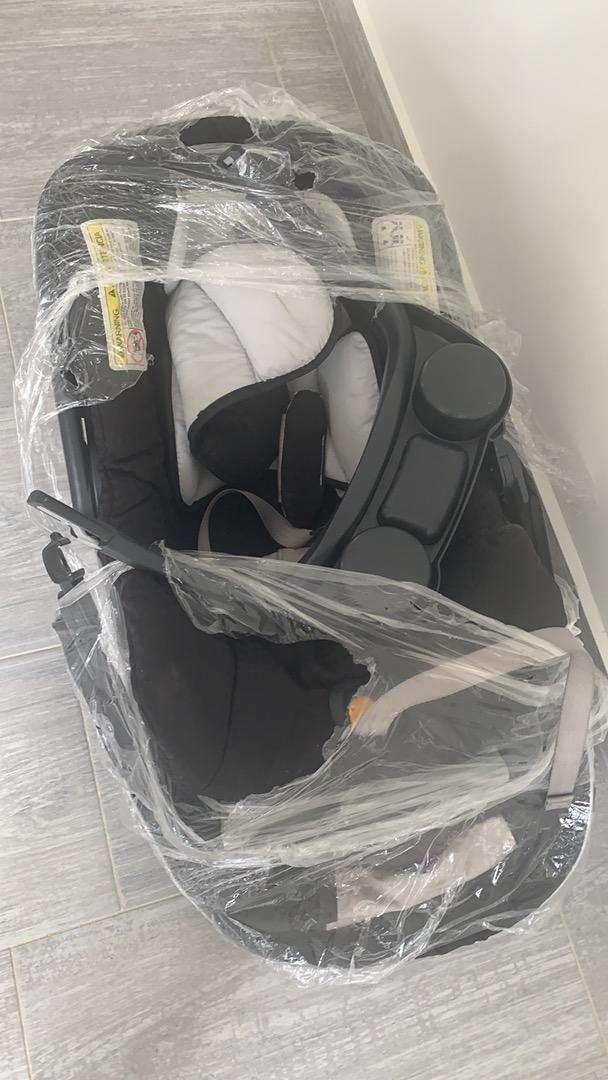 Vendo silla de auto para infante, grupo I y II, marca CHICCO