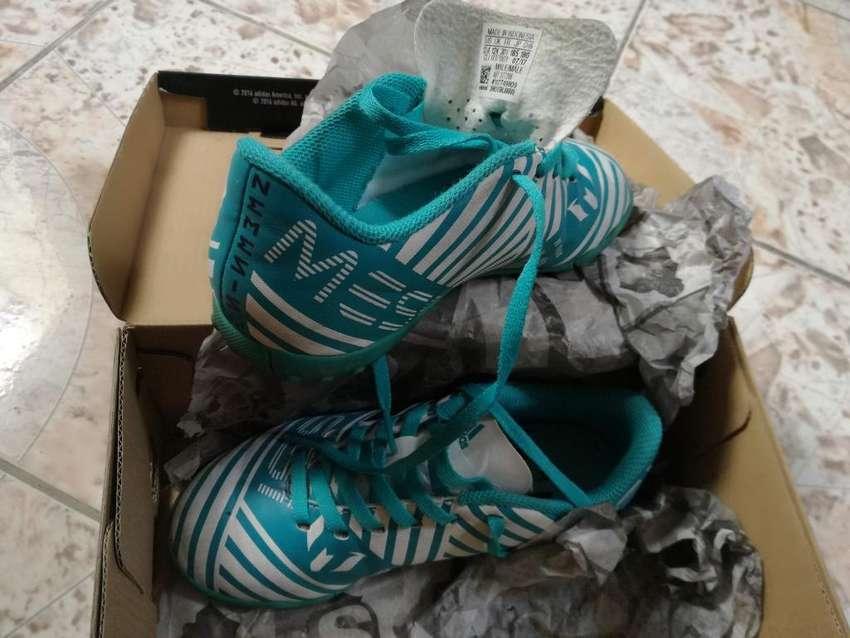 Chimpunes Adidas 0