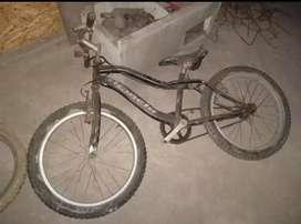 Bicicletad negra bmx aro 20