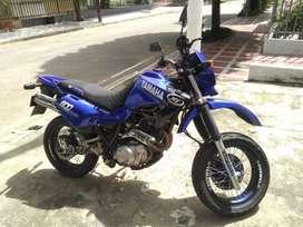 Moto yamaha XT 600