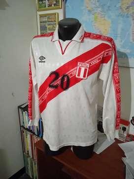 Camiseta selección del Perú.