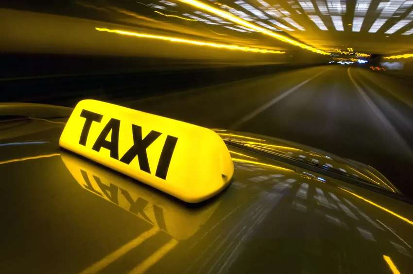 Busco Conductor Taxi