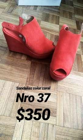 Vendo sandalias nro 37