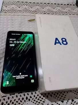 Vendo celular Samsung Galaxy A8 como nuevo.