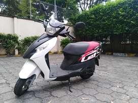 Moto suzuki lets 125
