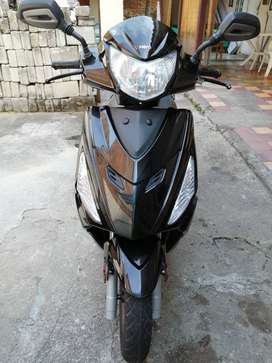VENDO MOTOCICLETA HERO DASH 110