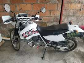 Vendo moto honda en perfecto estado. $2.950 negociable