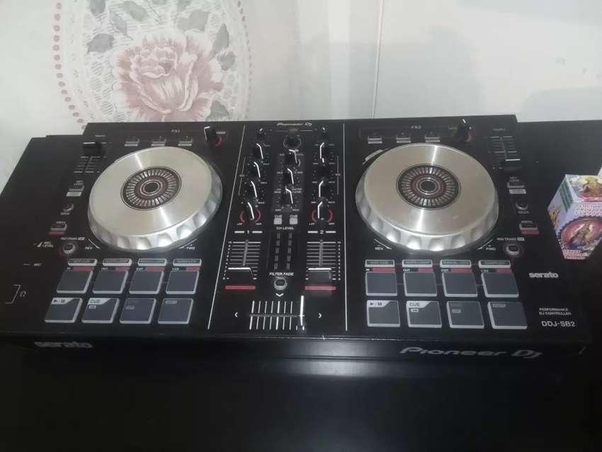 Consola pioneer dj 0