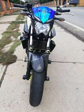 Se vende o se permuta moto YAHAMA MT 03 MODELO 2018