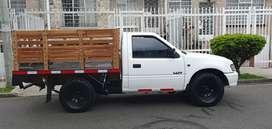 Chevrolet Luv 2.2 4x4 estacas