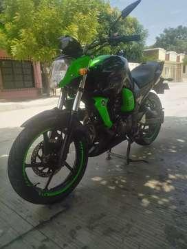Vendo moto en buen estado Precio negociable