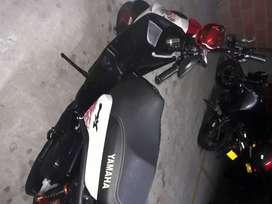 Se vende moto bwsx 2014