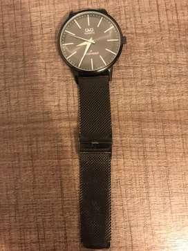 Reloj Q&Q negro hombre