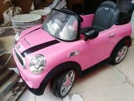 Vendo hermoso carro eléctrico