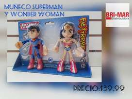 MUÑECO SUPERMAN Y WONDER WOMAN