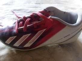 Vendo Zapatos Adidas Seis Meses de Uso