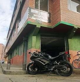Vendo negocio taller de motos y almacen de repuestos