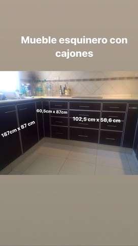 Set de muebles de cocina, mas mesada y bacha con griferia