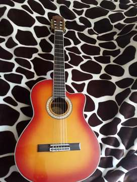 Vendo guitarra electro acustica marca PRIMER 170$