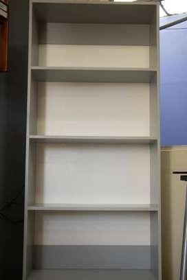 Mueble / Estante de melamina multipropósito