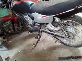Vendo moto zanella 150