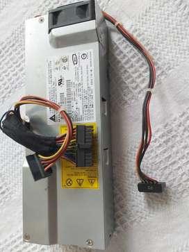 Fuente especial HP para torre mini compacta conección a board pequeña.
