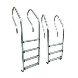Escalera sumergible para piscinas en acero inoxidable