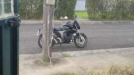 Se vende moto suzuki gilxxer