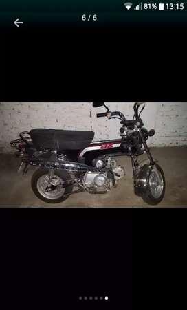 Vendo Moto Dx 70 marca Corven